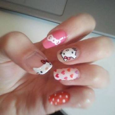 Hello Kitty Love <3 nail art by Bat-Chen