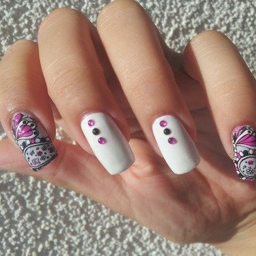 Love details nail art by Fondness4NailPolish