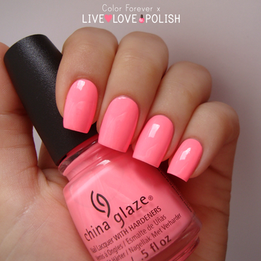 China Glaze Shocking pink Swatch by ania