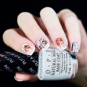 Leaves nail art by Temperani Nails