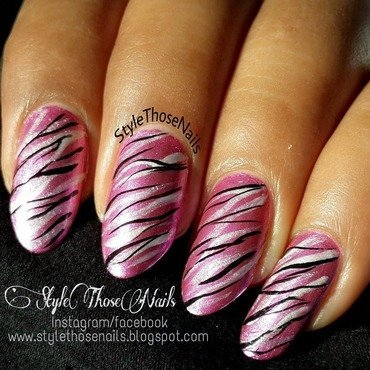 Pink 20metallic 20zebra 20nails stylethosenails 20 2  thumb370f