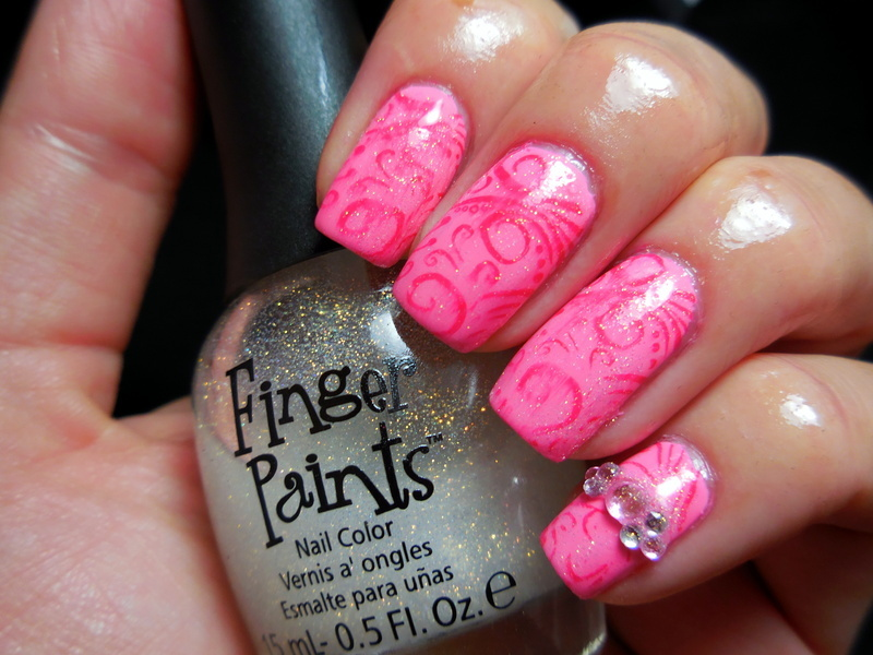 Pretty in Pink nail art by Donner