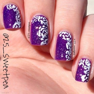 Flower Sides nail art by 25_sweetpea