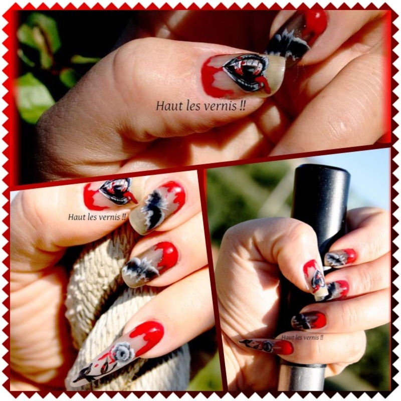 Vampire halloween nail art by Elodie Mayer