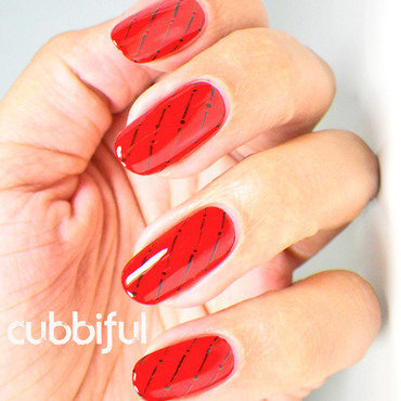 Elegant red nails thumb370f