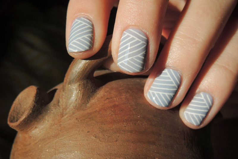 Stripes nail art by Magdalena