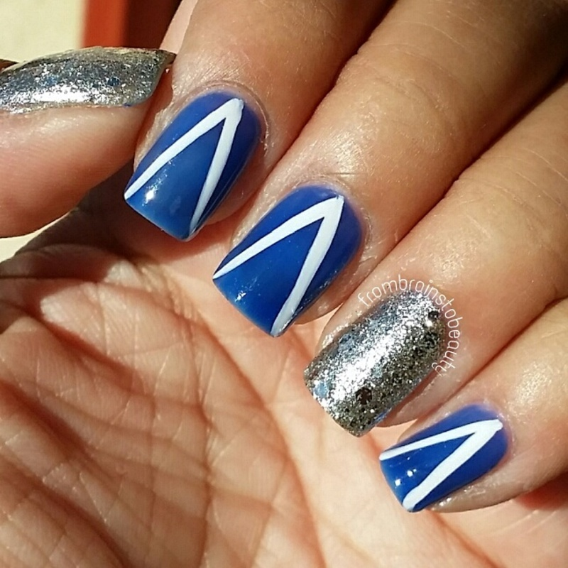 Go AFA Falcons nail art by Erica ❤ frombrainstobeauty