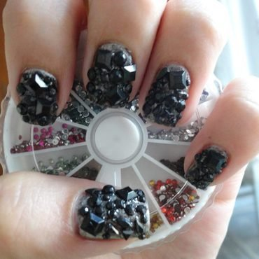 Tiffany Holler Nail Art nail art by Leneha Junsu