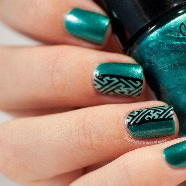1 moyou suki 04 shifted accent nail thumb370f