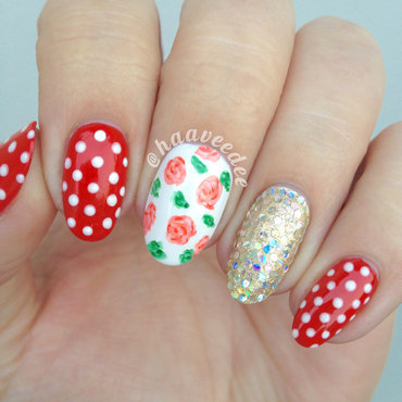 Glitter, dots & flowers nails nail art by haaveedee (Hanne)