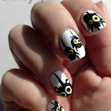 Splatter Spiders nail art by Katie