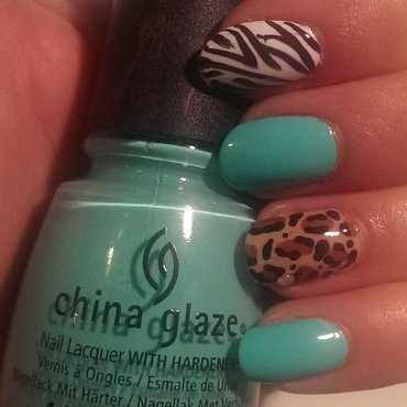 Sassy Safari! nail art by Steph