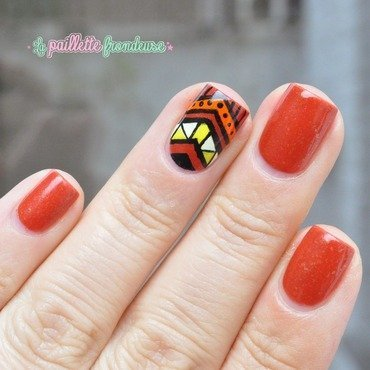 tribal print in fall colors nail art by nathalie lapaillettefrondeuse