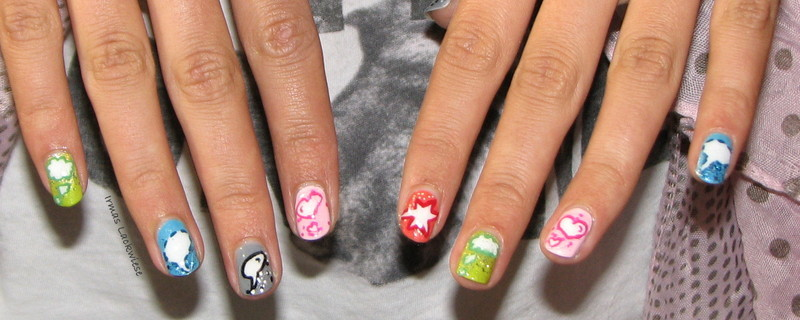 speech bubbles nail art by irma