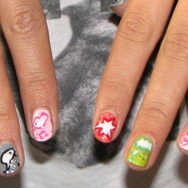 speech bubbles nail art by irma