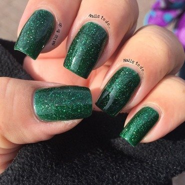 piCture pOlish Kryptonite Swatch by Jenny Hernandez