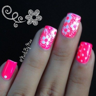 Neon Pink with White Flowers nail art by Sheily (NailsByMae)