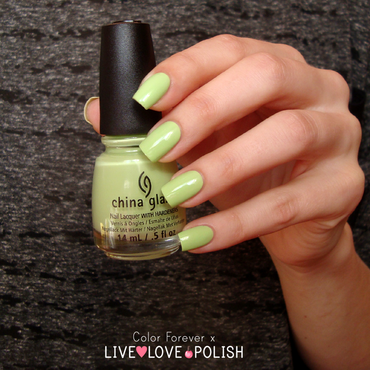 China Glaze Be more pacific Swatch by ania