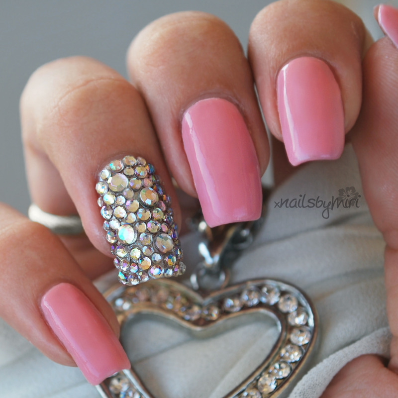 Bling Bling nail art by xNailsByMiri