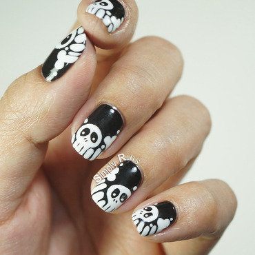 Skulls 20and 20bones 20nail 20art 20design 2001 thumb370f