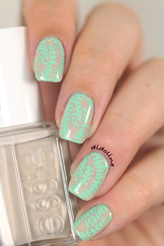 Fashion Friday Nails inspired by Giambattista Valli nail art by Dorra (didoline)