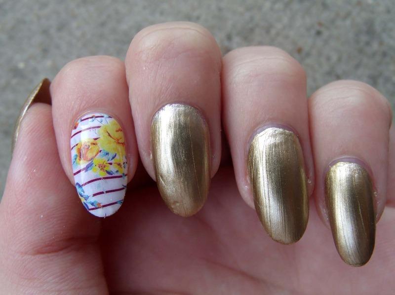 Floral Midas nail art by Toria Mason