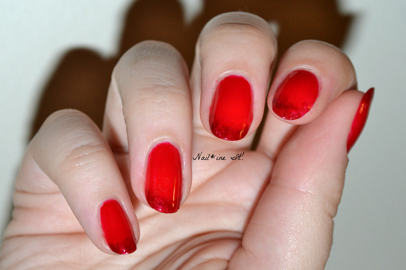 The French Come to Bed Red nail art by Christine of Nail*ine It!