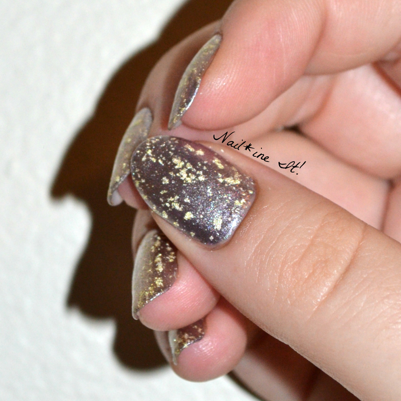 Lillibet's 18K Gold Jubilee nail art by Christine of Nail*ine It!