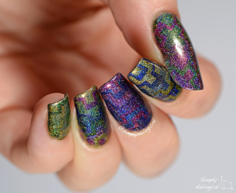 Tribal holo reciprocal gradient nail art by simplynailogical