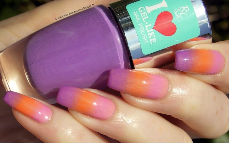 Gradient nail art by greeench