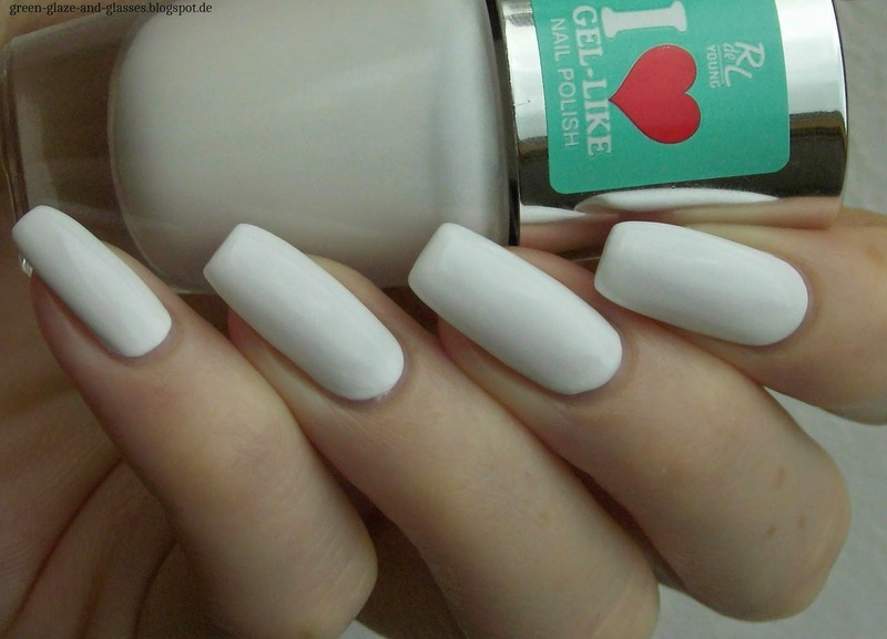 Rival De Loop 01 Day And White Swatch by greeench