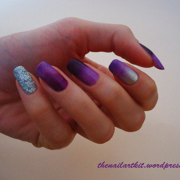Dark Ombre Nails nail art by Alina