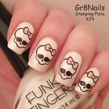 Skull Candy nail art by Gr8Nails