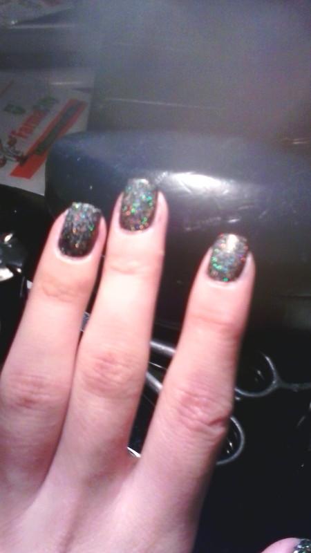 holographic nail art by ameliavillars