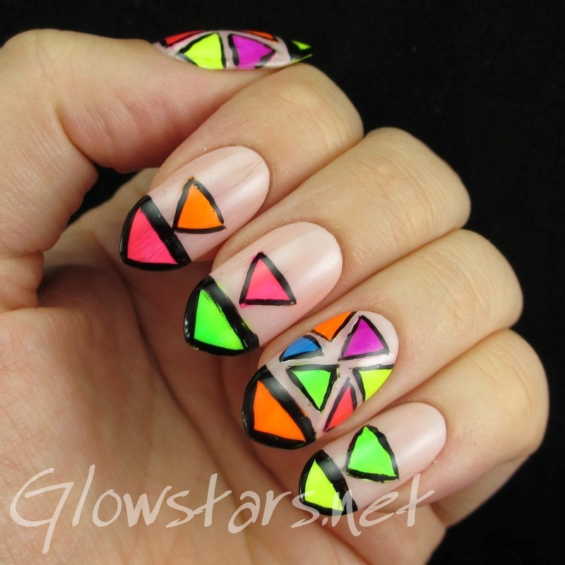 Neon Triangles nail art by Vic 'Glowstars' Pires