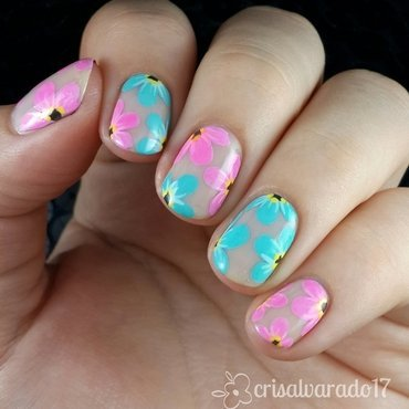 Dichromatic flowers  nail art by Cristina Alvarado
