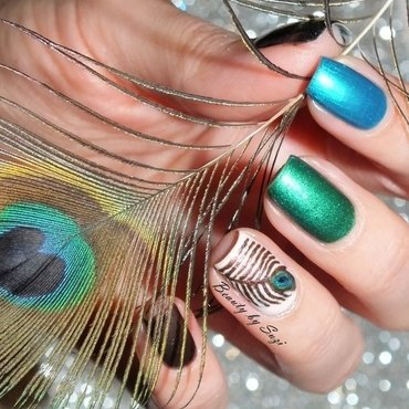 Peacock Feather nail art by Suzi - Beauty by Suzi