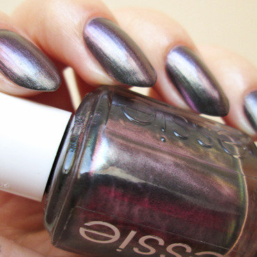 Essie For The Twill Of It Swatch by Yenotek