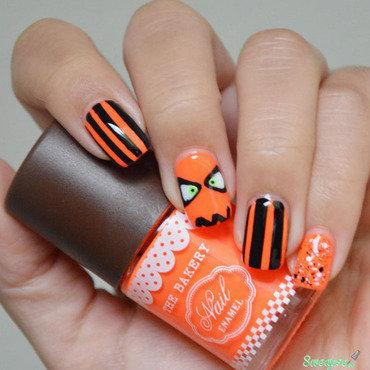 Halloween nail art  nail art by Sweapee