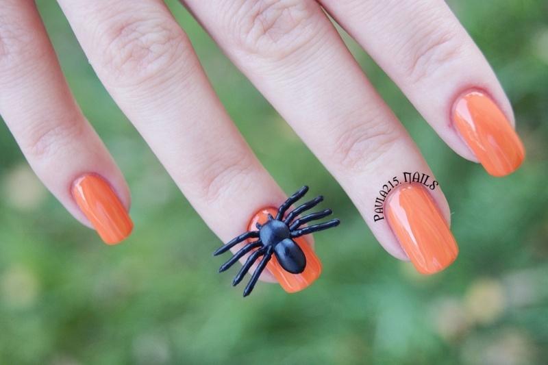 Halloween nails. nail art by Paula215. NAILS