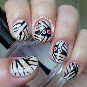 Mummy Wrap Nail Art nail art by Lisa N