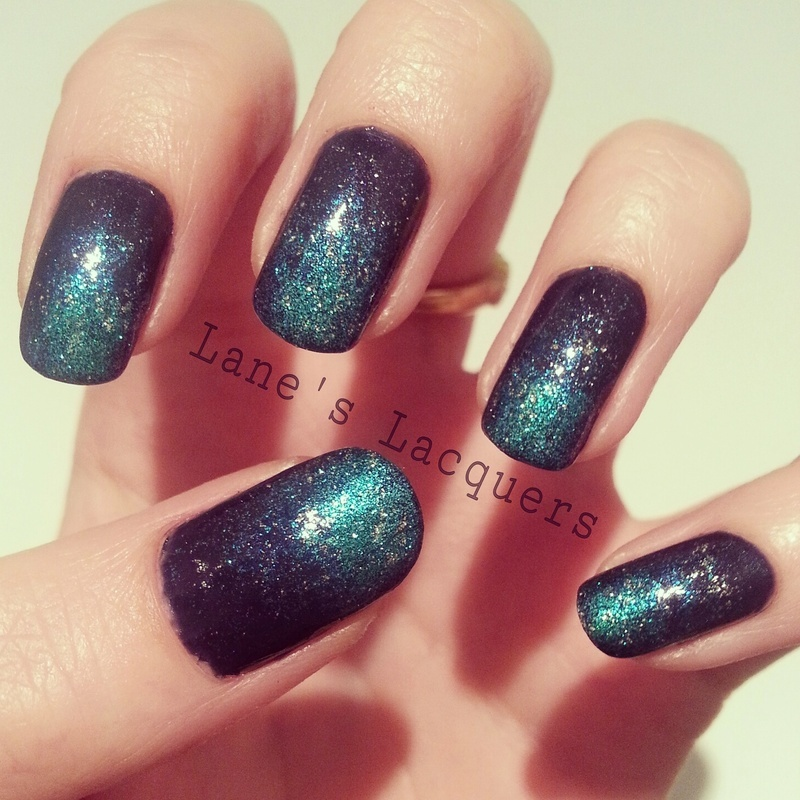 Navy Teal Gradient nail art by Rebecca