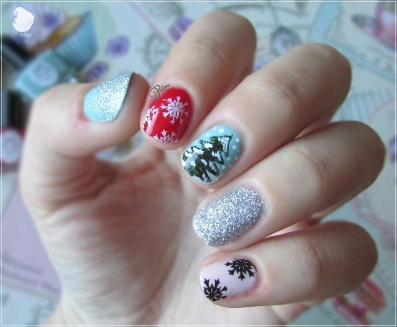 Christmas nails nail art by Estelle Heart