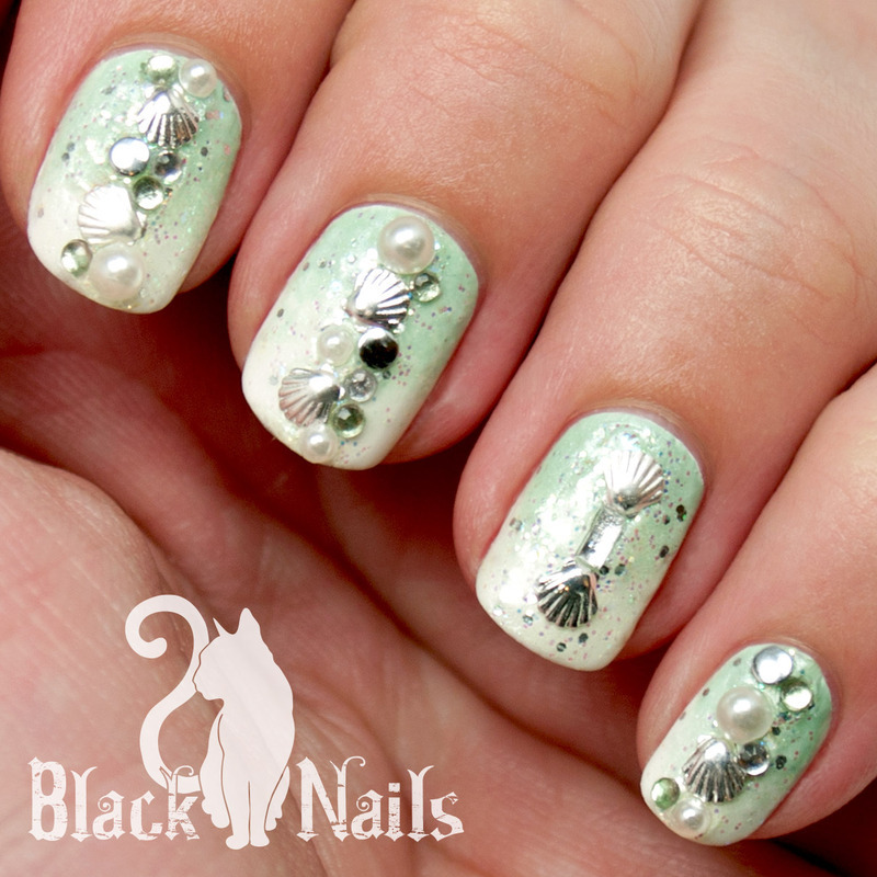 Green Beaches nail art by Black Cat Nails