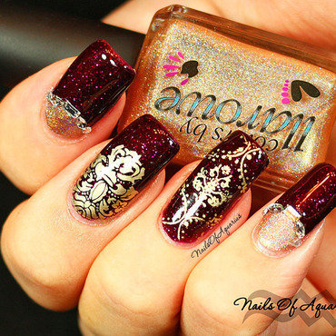 Velvet Tapestry nail art by Karolyn