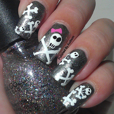 Skull & Crossbone Nail Art nail art by Ashley Hoopes