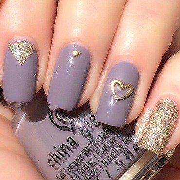 Purple & gold  nail art by Melissa
