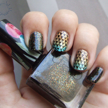 Triangles nail art by Barbara P.