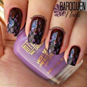 Blood And Fishnets - Glossy nail art by BaroquenNails