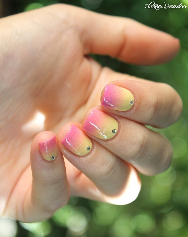 Girly gradient nail art by Cocosnailss